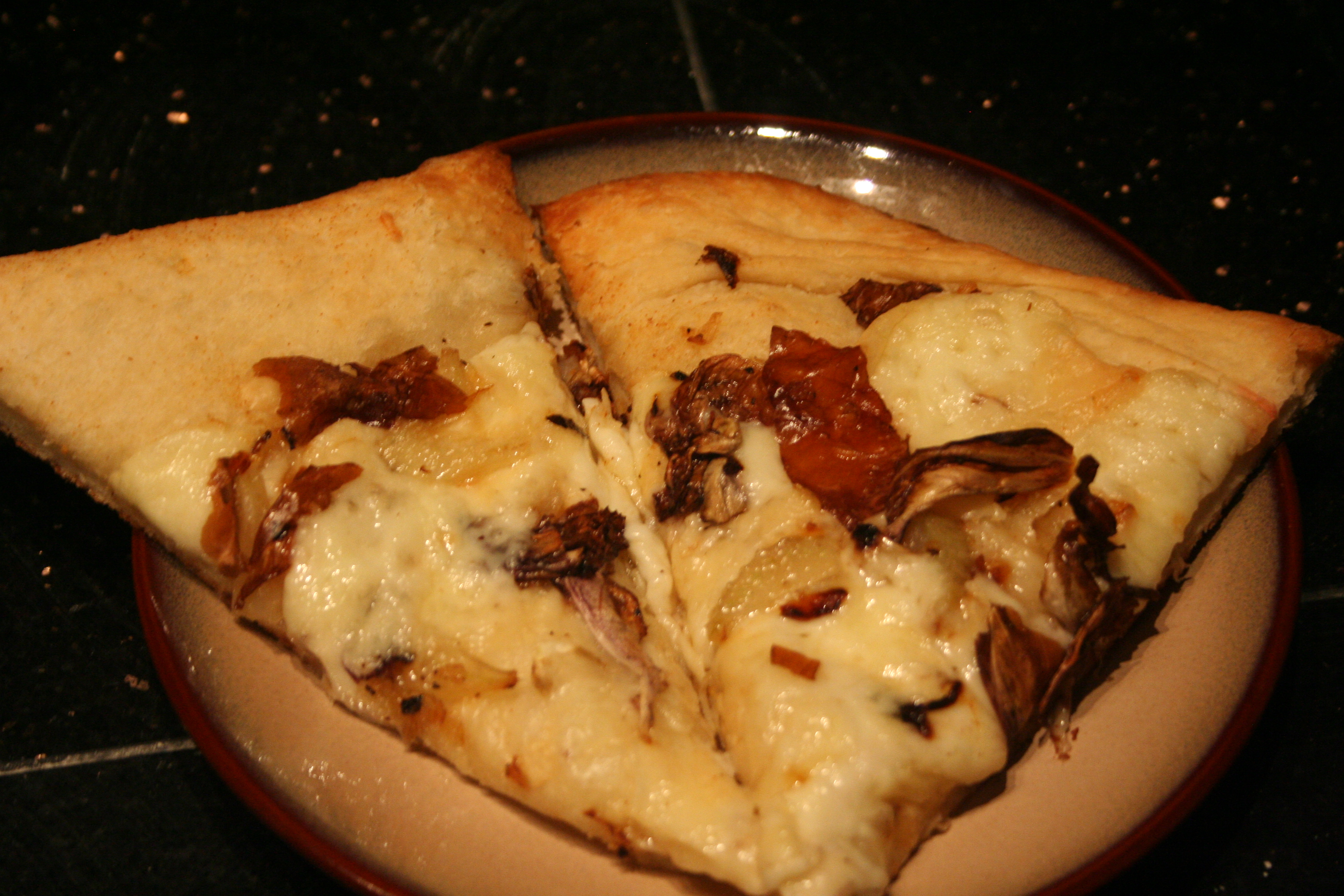 Onions and Fennel Pizza